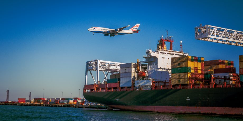 Digitalizing the Shipping Industry with Disruptive Innovation